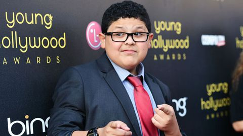 Fourteen-year-old <i>Modern Family</i> star is writing his memoirs