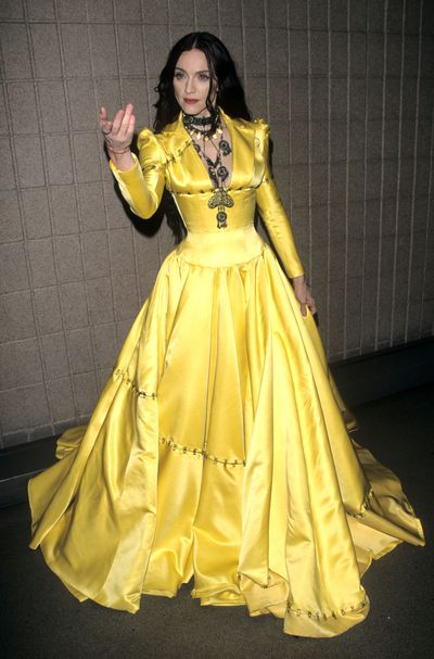 Madonna at the 1998 VH1 Fashion Awards