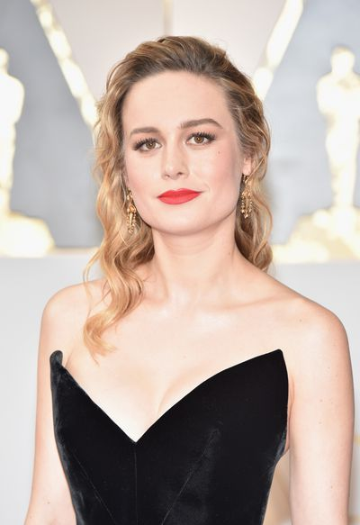 Brie Larsson was quite simply everything. Her gown was the talk of the night - her relaxed, sweet, softly-curled hair and russet-red lipstick too.