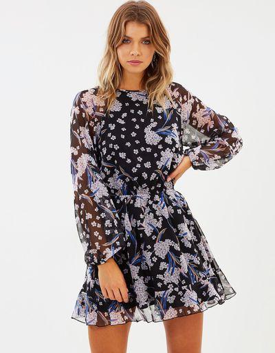 "<a href=""https://www.theiconic.com.au/giselle-mini-dress-584540.html"" target=""_blank"" draggable=""false"">Giselle mini dress</a>, $89.95"