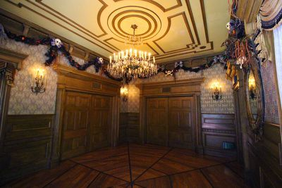 The Disney Haunted Mansion mnakeover
