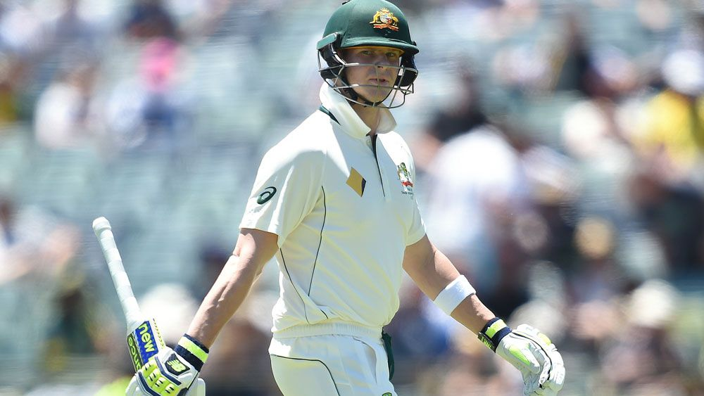 Shocked Smith cops cntroversial call on the chin