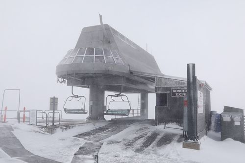 Up to 20cm of snow is forecast to fall on the snowy alpine regions each day throughout this weekend. Picture: Supplied.
