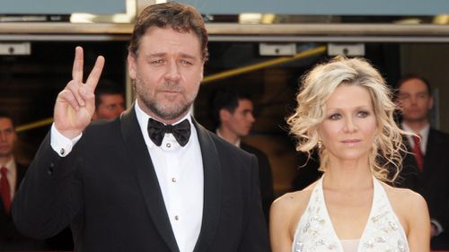 Crowe and ex-wife Danielle Spencer will split the proceeds from the auction. (AAP)
