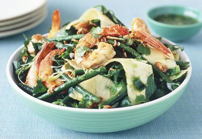 Prawn and pineapple salad