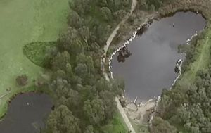 Body found in lake at Darebin Parklands in Alphington