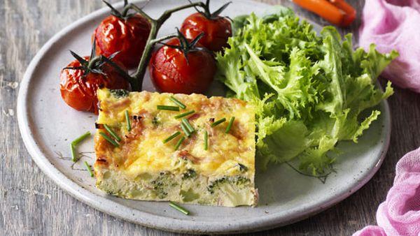 Weight Watchers' broccoli, leek and ham frittata