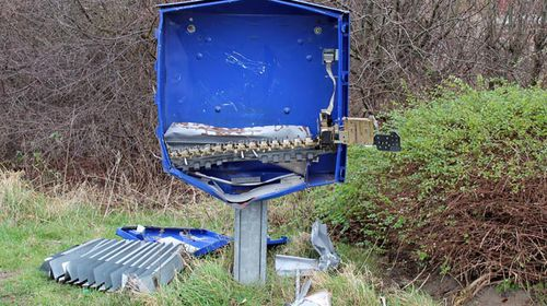 Man dies after attempted condom machine robbery