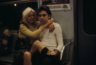 Debbie Harry, Chris Stein, ride subway