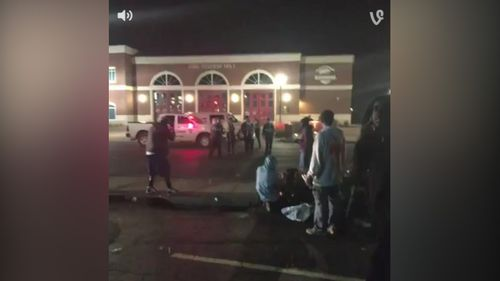 The shooting comes just hours after Ferguson's police chief resigned. (APTN)