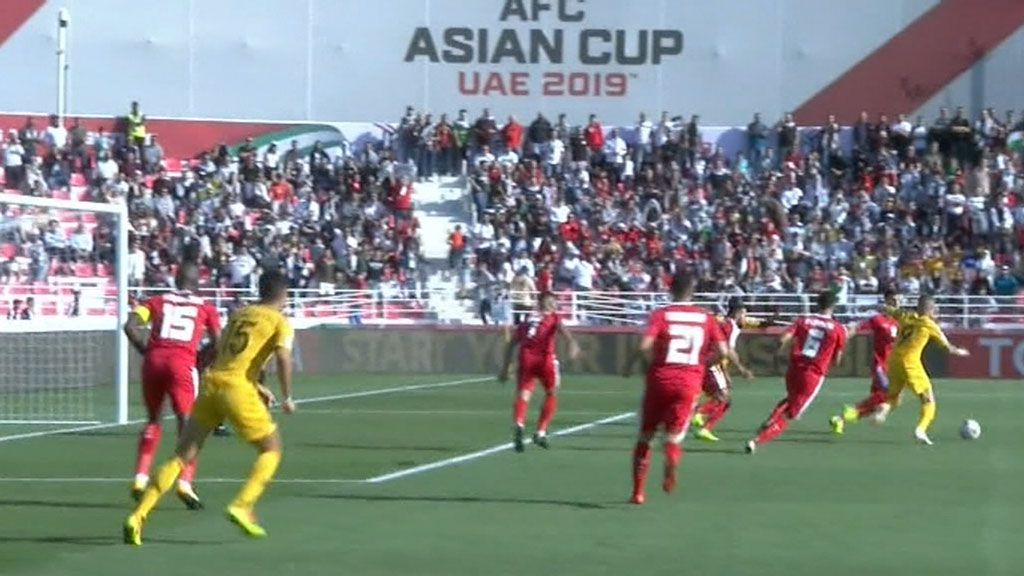 Blistering first-half performance leads Socceroos home in Asian Cup