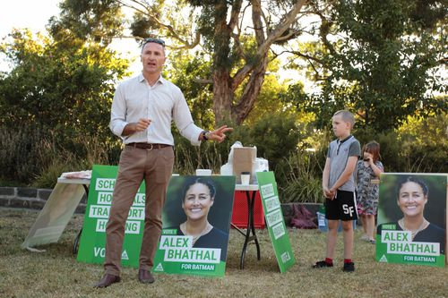 Greens Leader Senator Richard Di Natale speaks at a breakfast with Greens candidate for Batman Alex Bhathal and Northcote MP Lidia Thorpe at Penders Park, Thornbury in Melbourne, Sunday, March 11, 2018. The March 17 by-election in the electorate of Batman will see the Green€™s six time candidate Alex Bhathal against ACTU president Ged Kearney running for Labor. (AAP Image/Stefan Postles)