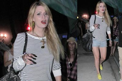 Mischa goes hipster and pulls it off, although we're still undecided about the yellow shoes.<br/><br/><i>Mischa Barton at Coachella Festival 2010<br/>Image: RAMEY PHOTO/Snappermedia </i>