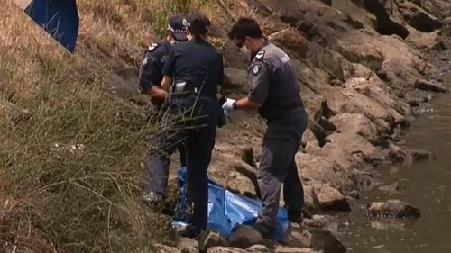 'Bags of flesh' found in Melbourne river was man aged in 30s, estranged from family
