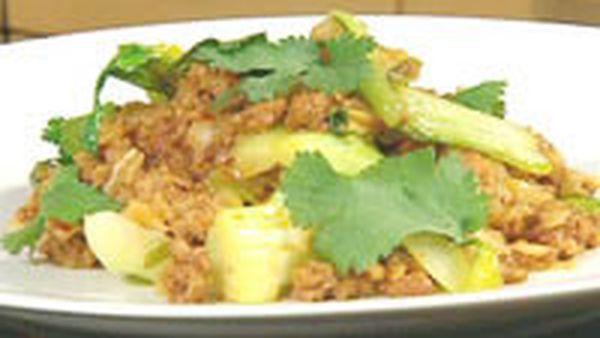 Javanese stir-fried pork with rice noodles