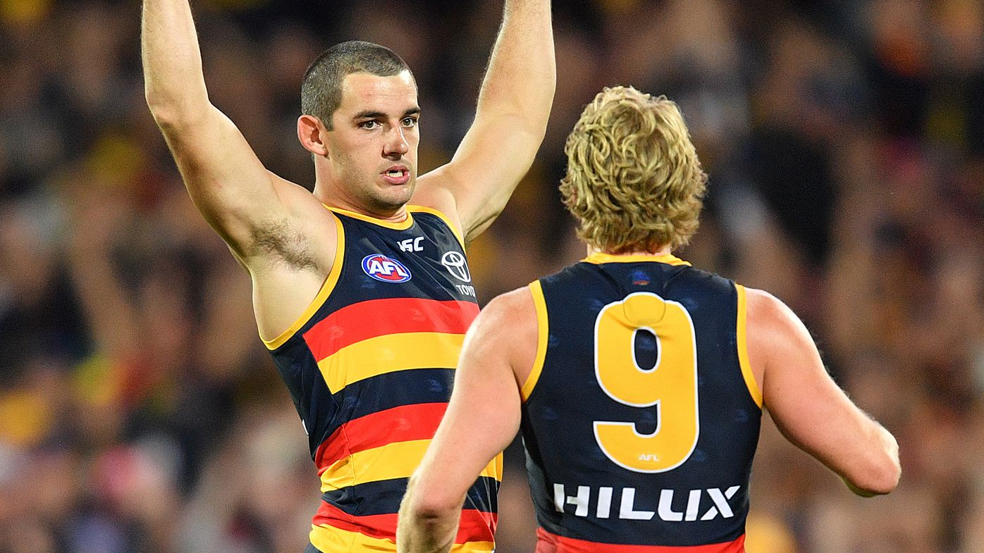 Adelaide down Richmond in AFL