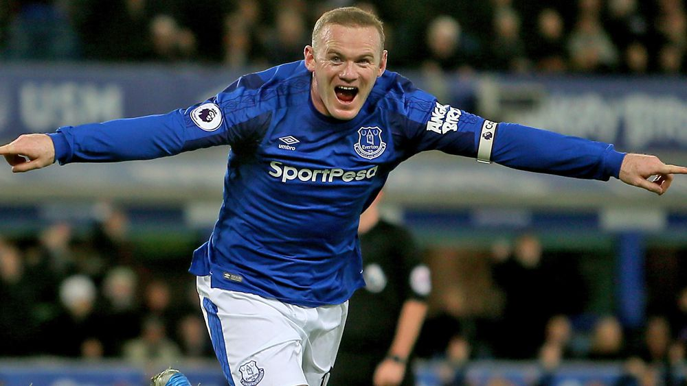 EPL: Wayne Rooney scores wonder goal in hat-trick, Aaron Mooy's Huddersfield crushed by Arsenal