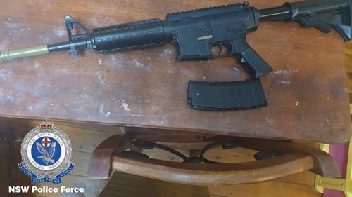 NSW Police seized weapons when arresting a man for allegedly threatening the state's Police Minister.