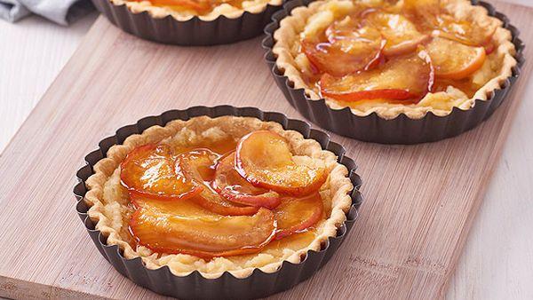 Maple Kanzi apple tarts