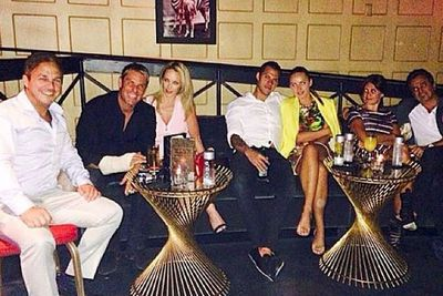 Poker pro Tony Hachem posted this party pic of the pair having a few bevvies at a Vegas bar.<br/><br/>Image: @hash72/Instagram