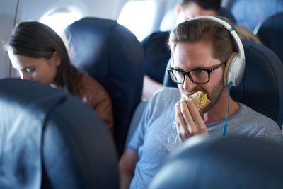 12.Bringing Smelly Food on Flight- 11%