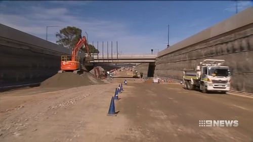 Once the whole North-South Corridor is rebuilt, motorists will be able to travel non-stop between Gawler and Hackham. (9NEWS)