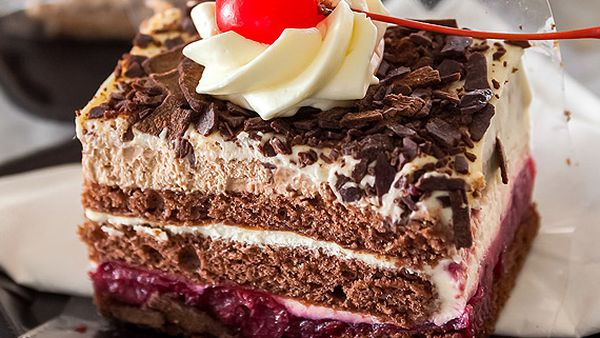 King of Cakes' Black Forest cake