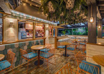 Betty's Burgers (Noosa, Australia), Paul Kelly Design