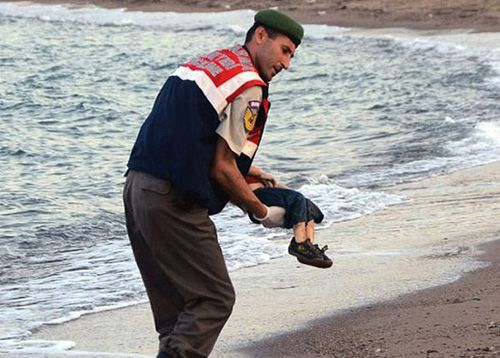 'Photo of dead Syrian boy shows why we need to stop the boats'