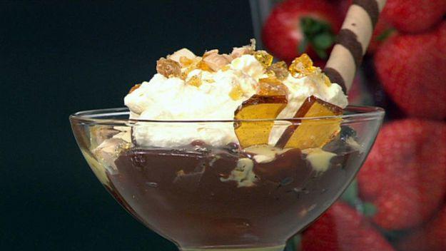 Double chocolate sundae with almond praline