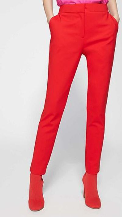 """<a href=""""https://www.witchery.com.au/shop/woman/new-in/60212085/Slim-Cropped-Pant.html"""" target=""""_blank"""">Witchery Slim Cropped Pant, $99.95.</a>"""