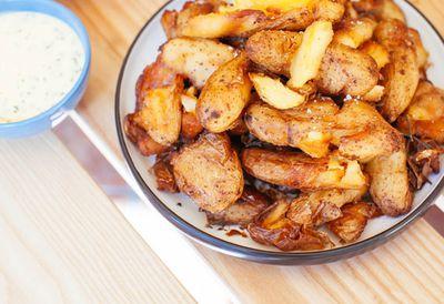 "Recipe: <a href="" /recipes/ipotato/9110796/crispy-chats-aioli-yogurt-sauce-and-chives "" target=""_top"">Crispy chats, aioli yogurt sauce and chives</a>"