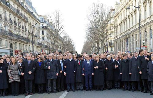 Israeli newspaper 'photoshops' female leaders from Paris march