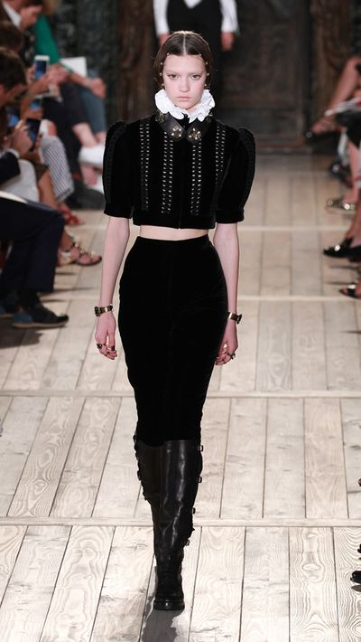 <p>On the 400th anniversary of William Shakespeare's death, Valentino paid homage to the Bard in a littany of Elizabethan-inspired neck ruffs, bodices and robes fit for the clergy. </p> <p>As the first show following the announcement of Maria Grazia Chiuri being appointed the new creative director of Dior, the collection made for a bitter-sweet ending (in true Shakespearean style) to the Chiuri's long and successful tenure at the Italian house. </p>