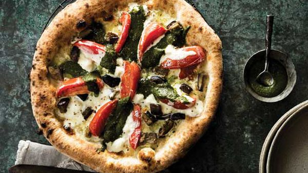 Johnny Di Francesco's pizza Sofia Loren