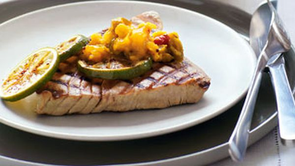 Grilled tuna with piccalilli