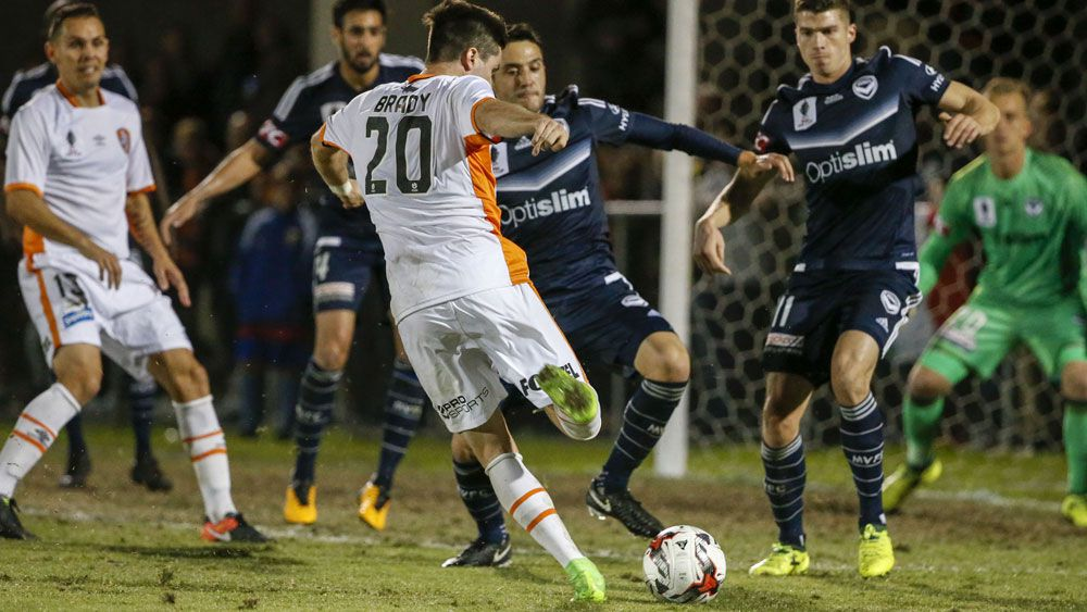 Pitch complaints overshadow Melbourne Victory's rout of Brisbane Roar in FFA Cup