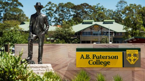Gold Coast school locked down after anonymous threat