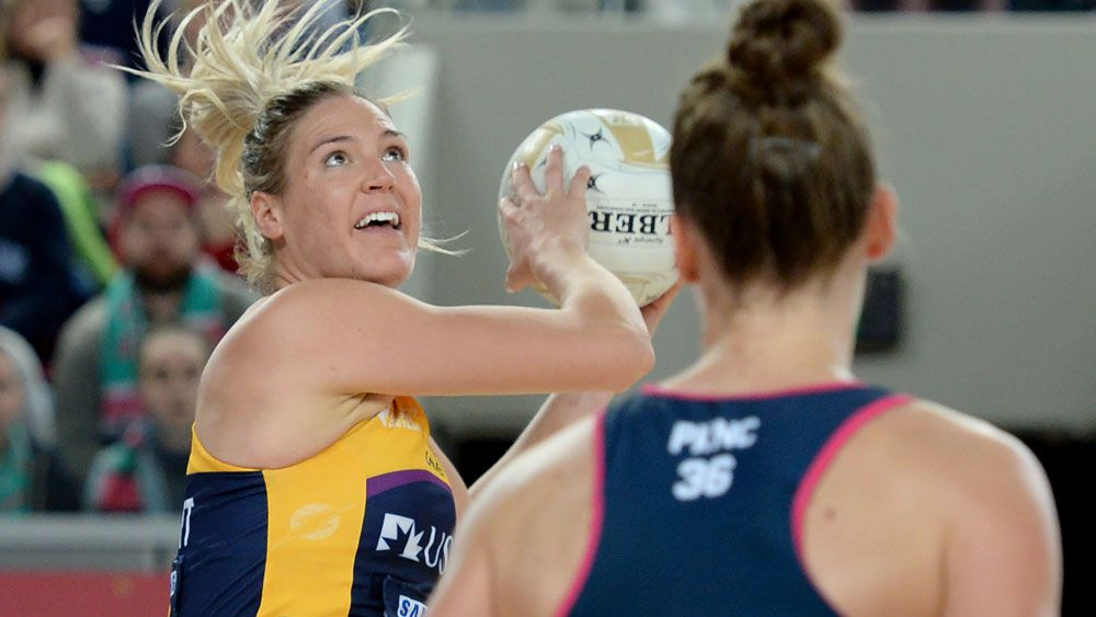 Super Netball: Sunshine Coast beat Melbourne Vixens to go into grand final