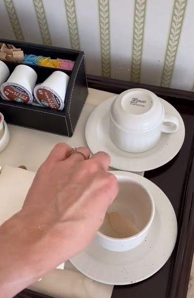 Flight attendant hotel hacks breakfast