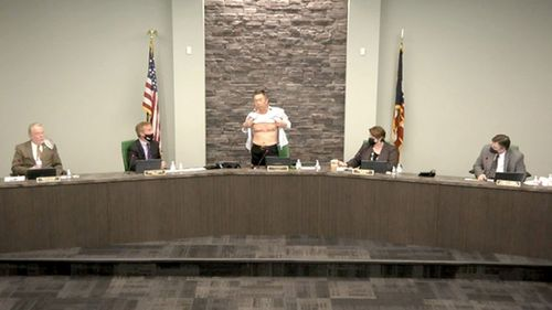 'Is this patriot enough?': Asian American bares chest to show military scars