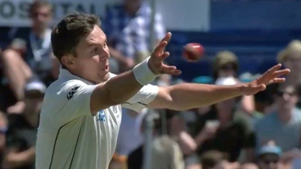Boult snares stunning one-handed catch