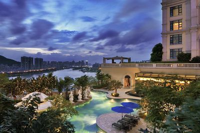 <strong>Luxury Romantic Hotel: Sofitel Macau At Ponte 16, China</strong>