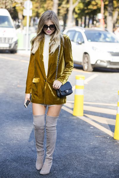 Xenia Van Der Woodsen attends Chanel, Paris Fashion Week