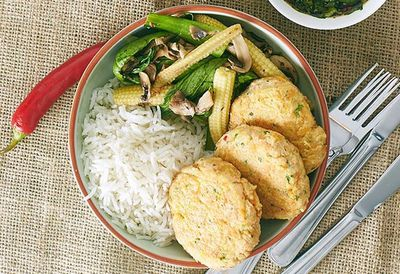 """<a href=""""http://kitchen.nine.com.au/2016/05/05/13/38/zoe-bingleypullins-thai-fish-cakes-and-stirfry-vegetables-with-dipping-sauce"""" target=""""_top"""">Zoe Bingley-Pullin's Thai fish cakes and stir-fry vegetables with dipping sauce<br /> </a>"""