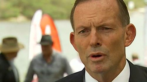 Prime Minister Tony Abbott has made yet another late plea to spare the men's lives. (9NEWS)