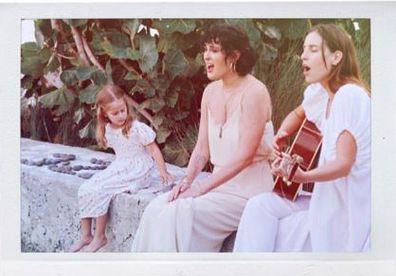 Rumer Willis, Tallulah Willis and Evelyn Willis