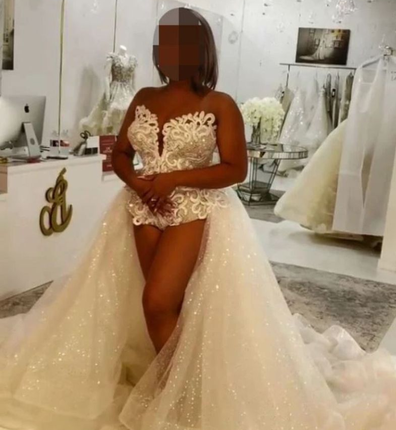 This gown also caused controversy.