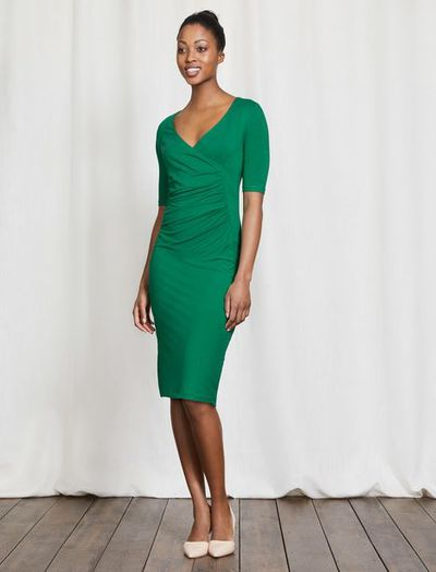 "A soft jersey dress is both comfortable and chic, plus will stretch with you. <a href=""http://www.bodenclothing.com.au/en-au/womens-dresses/jersey-dresses/ww270-nav/womens-navy-ruth-jersey-dress?cm_mmc=PLA-_-Google-_-Women-_-WW270&amp;istCompanyId=5c9d8420-ebd1-4cd2-993a-5efe6666c9c1&amp;istItemId=xpmxtppriw&amp;istBid=tztx"" target=""_blank"">Boden Ruth Jersey Dress, $150.</a>"