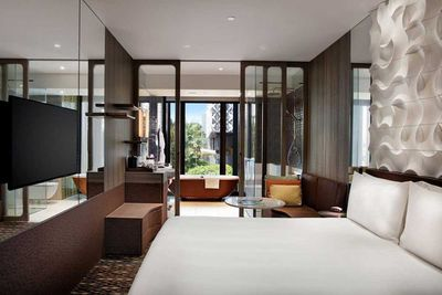 <strong>1.Crowne Plaza Changi</strong>